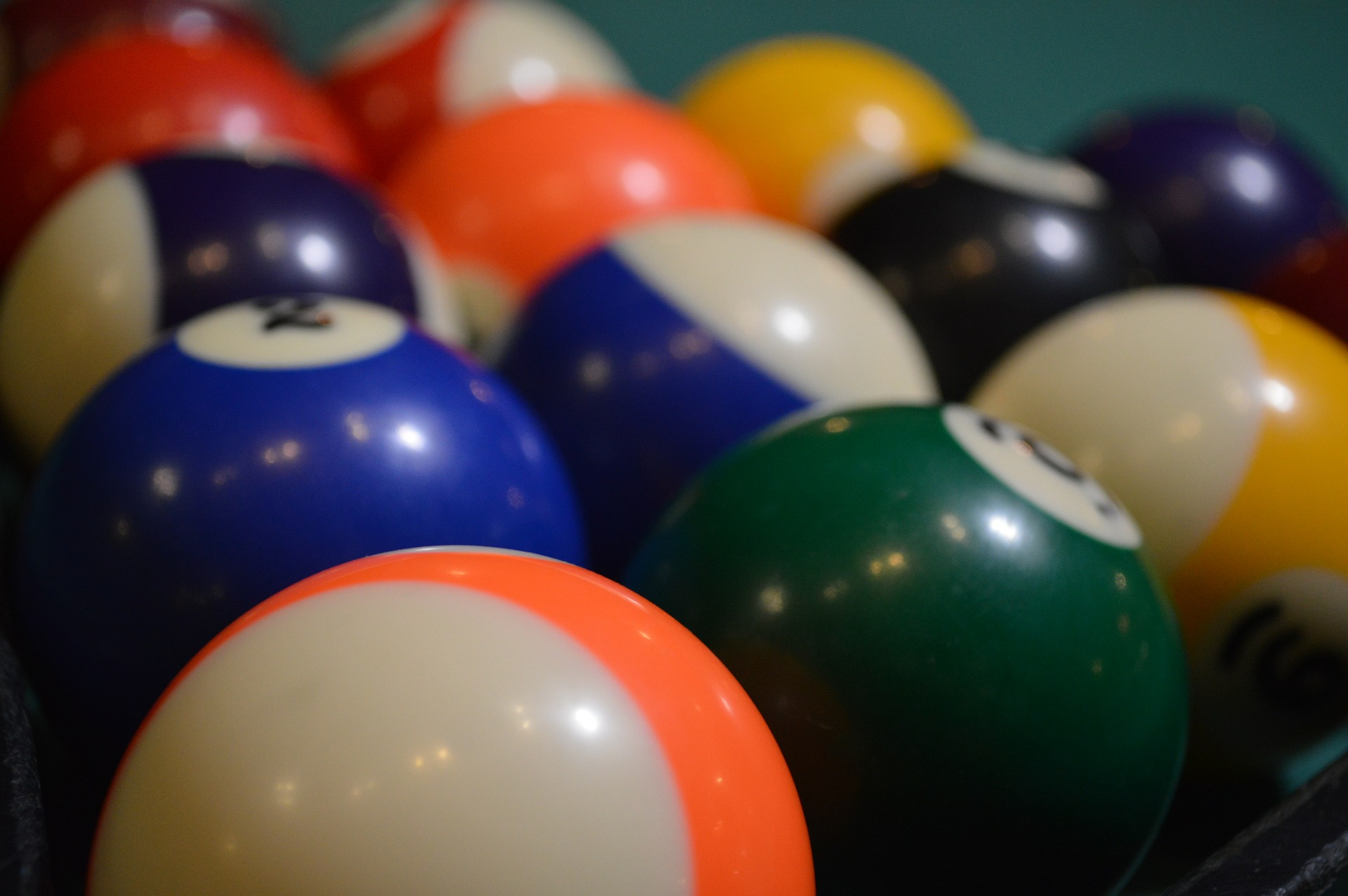 pooling-628348_1920