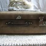 suitcase-79018_1920