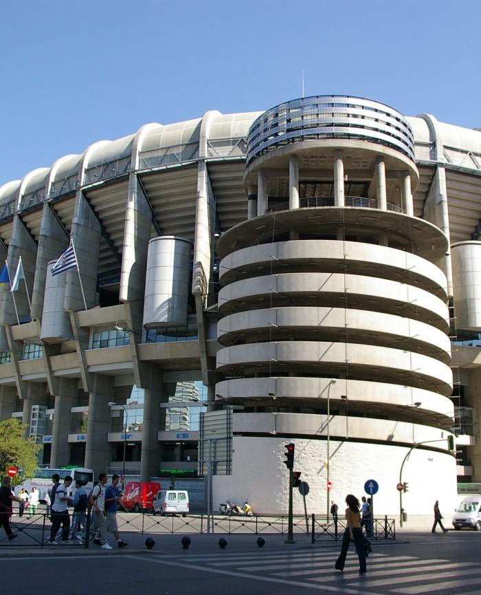 Estadio Real Madrid desde los apartamentos madrid por día