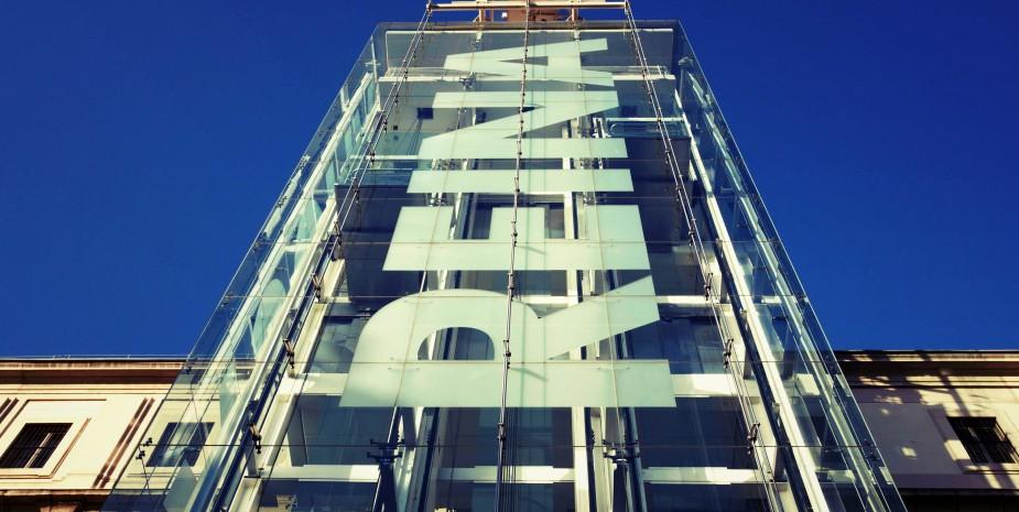 Apartamentos  Madrid por días para ir al museo Reina Sofia