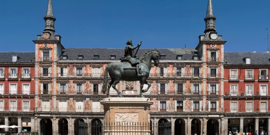 Apartamentos  Madrid por días para ir a la Plaza Mayor